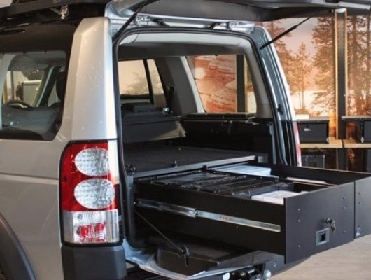 Front Runner Roof Racks and Accessories for Discovery 3