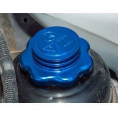 DA8894 - Blue Anodised Power Steering Reservoir Cap for Defender - Fits All Years - For Extreme Competition Land Rovers