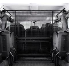 LR006447 - Full Length Dog Guard For Defender 110 5-Door (To Fit Vehicles Without Bulkhead) - For Vehicles From 2007