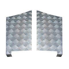LR85-3 - Defender Rear Wing Chequer Plate - For Defender 110 - 3mm Aluminium Finish