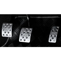 PKDEFENDERPEDALSET - Kahn Design - Defender 90 / 110 / 130 Machined Aluminium Pedal Covers with K Logo - Set of 3
