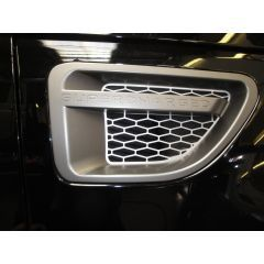 RRV280GS - Autobiography Range Rover Sport Supercharged 2010 Onwards Style Side Vents In Silver / Grey