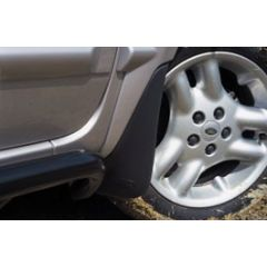 STC53075AA - Front Mudflaps for Freelander 1 in Black - will Fit From 2A000001