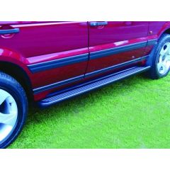 STC8505AA - Range Rover P38 Side Steps With Intergrated Front Mudflaps